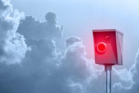 TraffiStar S350 von Jenoptik u.a. – Messgeräte (Blitzer) müssen die nachträgliche Überprüfung der Geschwindigkeitsmessung gewährleisten